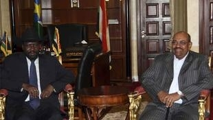 Sudan's President Omar al-Bashir (R) and President of the Government of Southern Sudan Salva Kiir Mayardit earlier this month