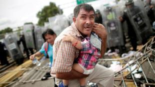 墨西哥与危地马拉之间边境地带的洪都拉斯难民