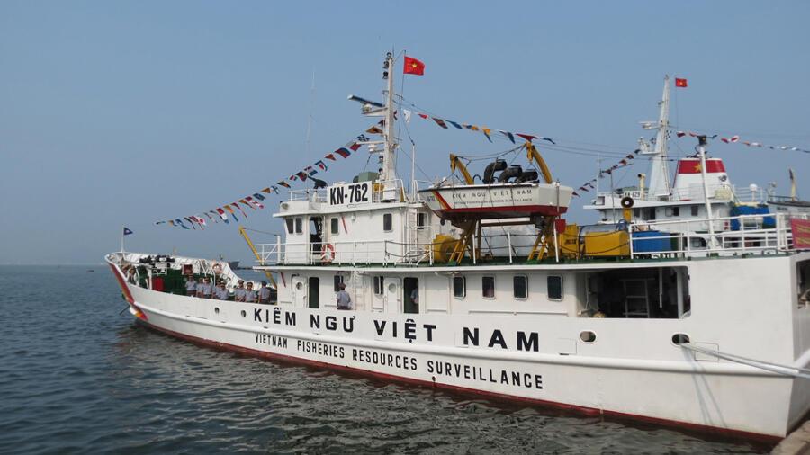 Nghị định trang bị vũ khí cho đội tàu kiểm ngư Việt Nam có hiệu lực từ 15/09/2014 - DR
