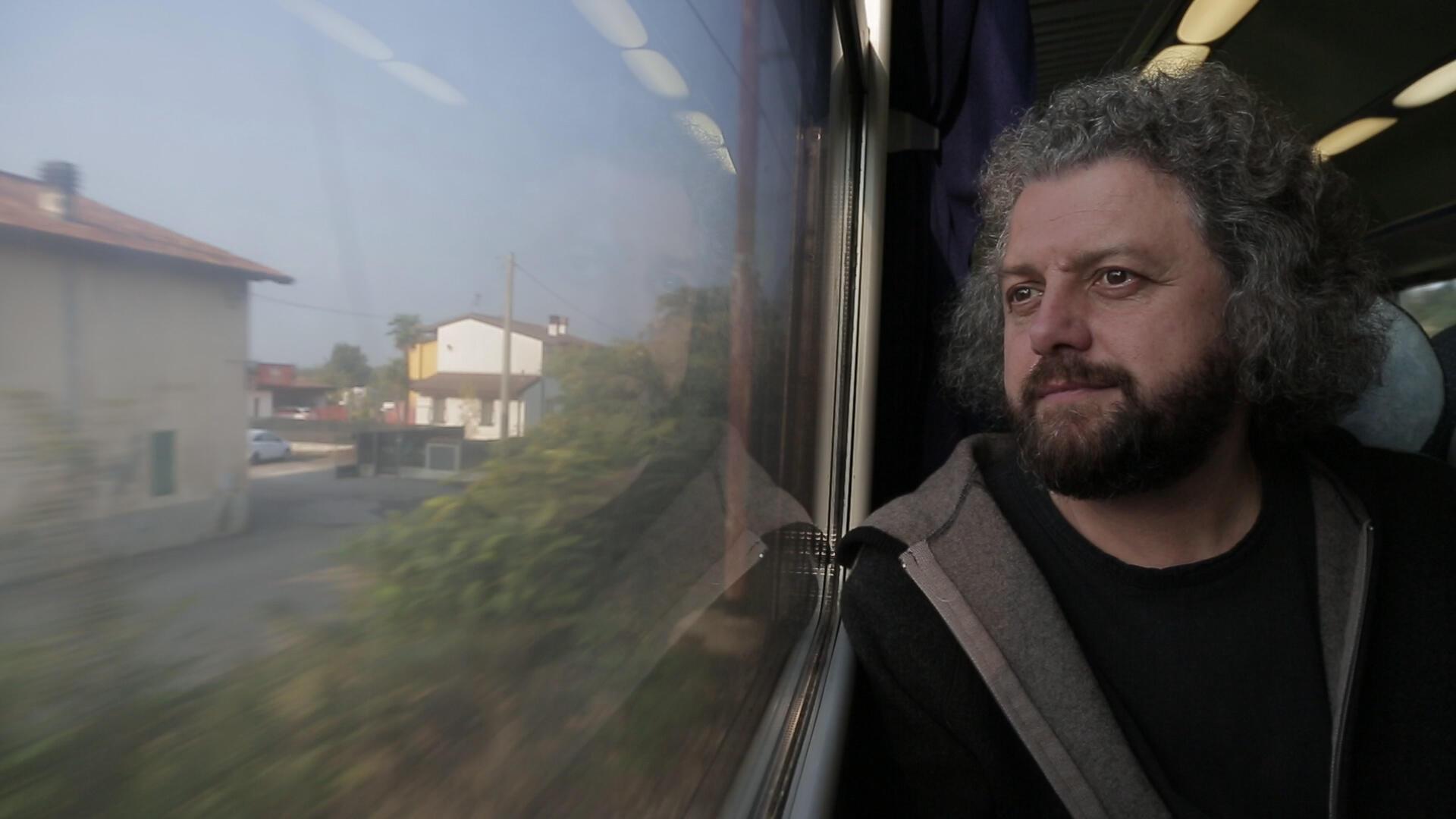 Белорусский поэт Дмитрий Строцев арестован на 13 суток за участие в митинге