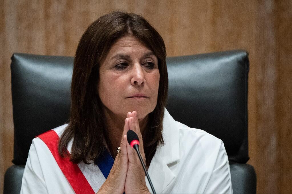 Мэр Марселя Мишель Рюбирола осудила решение о комендантском часе.