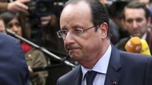 Le président François Hollande souhaite une grande réforme territoriale. Avec 36 000 communes, une centaine de départements et 22 régions, la France est aujourd'hui la championne européenne des collectivités territoriales.