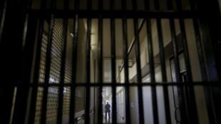 Тюрьма в Калифорнии, США (иллюстрация)