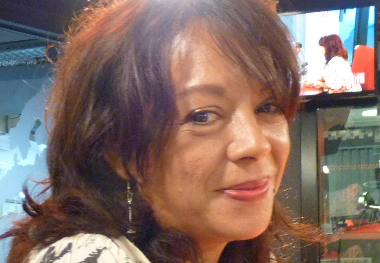 Natalia, La Tropikal, en los estudios de RFI
