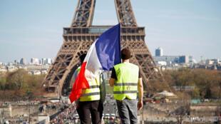Les «gilets jaunes» battent le rappel des troupes pour le premier anniversaire du mouvement social, notamment à Paris.