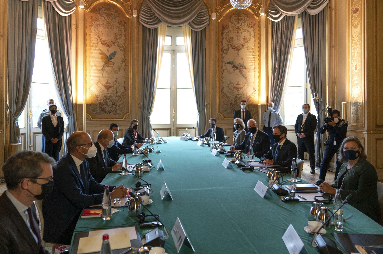 France USA Paris AP21278325618218
