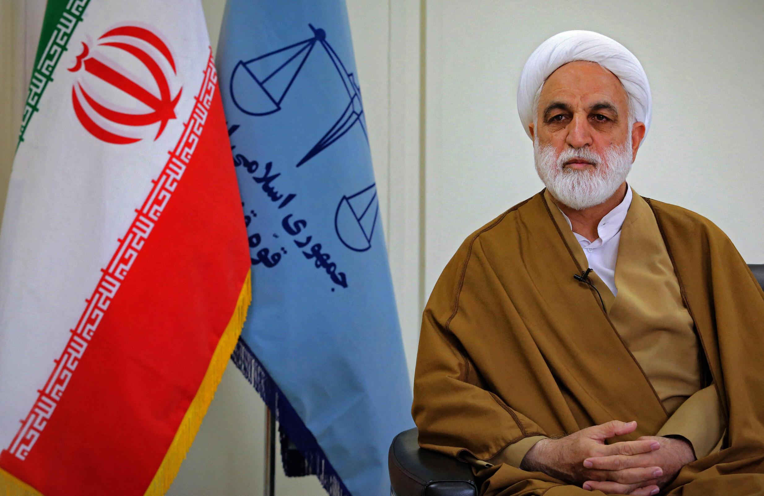 Photo non datée fournie par le site officiel du guide suprême iranien le 1er juillet 2021 qui montre le nouveau chef de l'autorité judiciaire iranienne, Gholamhossein Mohseni Ejeï.