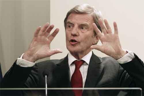 French Foreign Minister, Bernard Kouchner