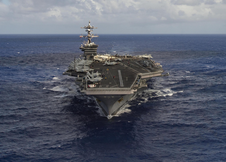 圖為美國核動力航母卡爾文森號