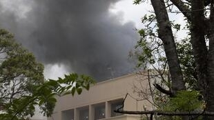 Imagens das explosões ocorridas no shopping onde um grupo radical islâmico Al Shebab manteve reféns por mais de 40 horas.