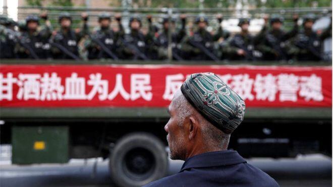 中国警方在新疆境內执勤资料图片