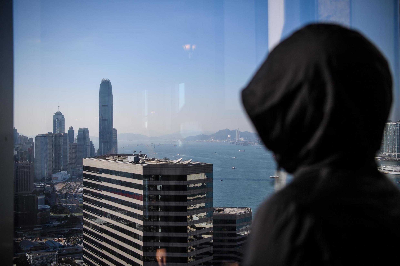 """Nữ sinh viên có biệt danh là """"Chris Wong"""", từ một cô gái sống nội tâm trở thành chiến binh xung kích trong các cuộc biểu tình ở Hồng Kông. Ảnh chụp ngày 03/12/2019."""