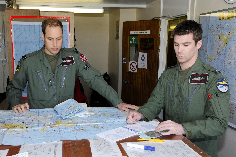 O príncipe William da Inglaterra durante sua primeira missão militar nas Ilhas Malvinas, no último sábado.