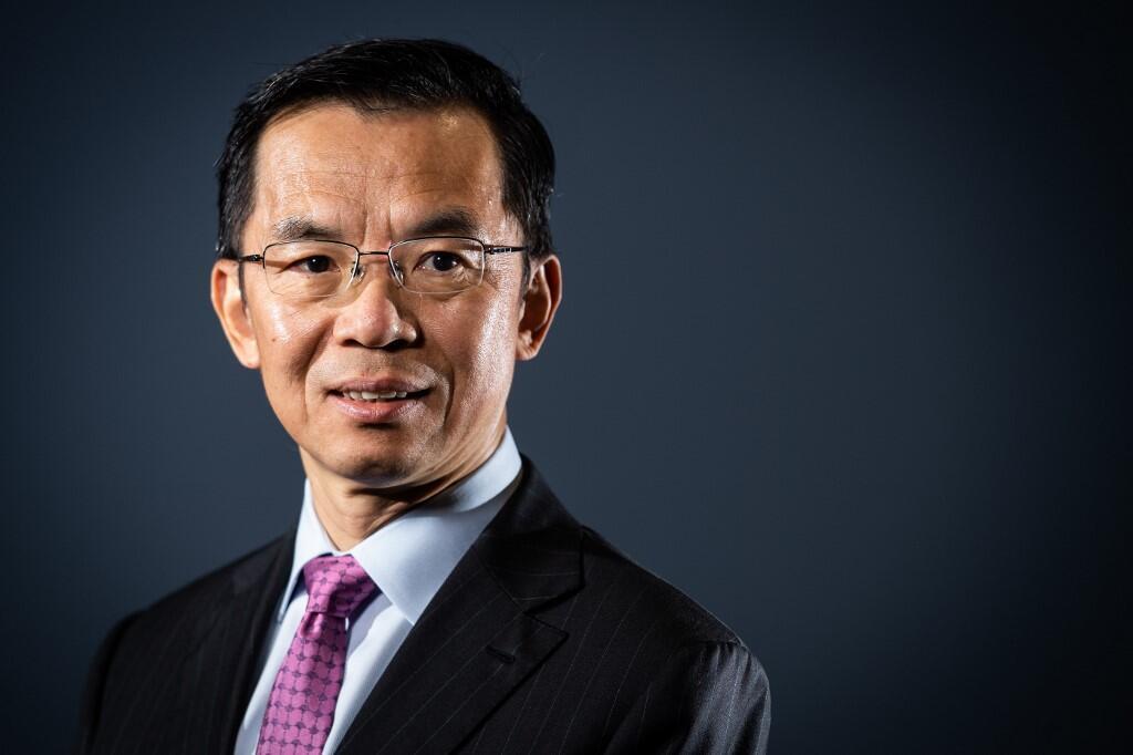 Посол Китая во Франции господин Лу Шай