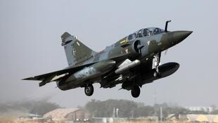 A French Mirage 2000 fighter jet takes off from an airbase in N'Djamena on 22 December 2018.