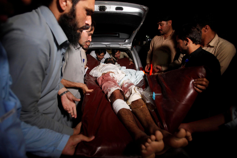 圖為巴基斯坦多起爆炸案受害者照片