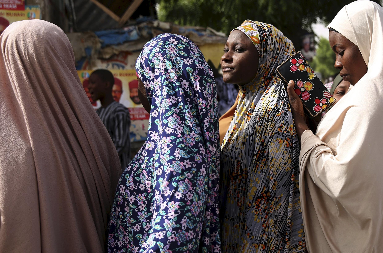 Viongozi wa shule katika Jimbo la Lagos wameomba walimu kutopiga marufuku au kuamuru wanafunzi kuondoa Hijabu zao shuleni