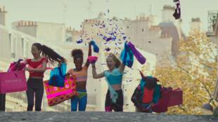 Le film «Mignonnes», de la réalisatrice Maïmouna Doucouré, sort en salles en France le 19 août 2020.