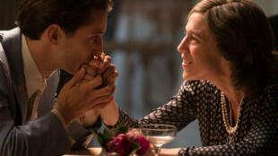 Пьер Нинэ и Шарлотта Генсбур в экранизации романа Гари «Обещание нарассвете»