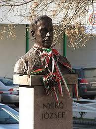 Tượng nhà văn Nyirő József (nguồn: www.hu.wikipedia.org)