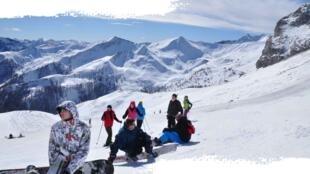 Se o aquecimento global continuar, os donos das estações de esqui vão ter que fabricar neve.