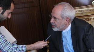 محمد جواد ظریف در گفت و گو اختصاصی با خانه ملت