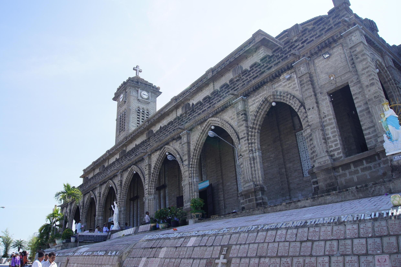 Nhà thờ chính tòa Kitô Vua, còn gọi là Nhà thờ Núi, tại thành phố Nha Trang. Ảnh minh họa.