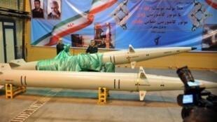 سپاه پاسداران انقلاب اسلامی روز یکشنبه ۲۰ بهمن از یک موشک جدید بالیستیک به نام رعد ۵۰۰ بهعنوان نسل جدید پیشرانهای موشکی و ماهوارهبرها رو نمایی کرد.