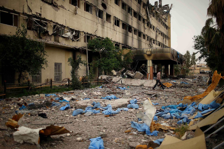 Escombros de hospital em Mossul, no Iraque