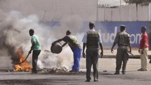 Moçambique vive dias de tensão após o aumento do preço do custo de vida 02/09/2010