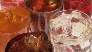 D'après une étude danoise publiée dans l'«American journal of clinical Nutrition», la consommation d'au moins une boisson gazeuse contenant un édulcorant augmente en moyenne de 38% les risques de naissance avant terme.