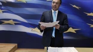 O vice-ministro das Finanças, Christos Staikouras.