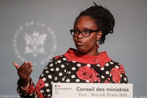 La porte-parole du gouvernement français Sibeth Ndiaye, ici le 10 juin 2020, a relancé le débat sur les statistiques ethniques.