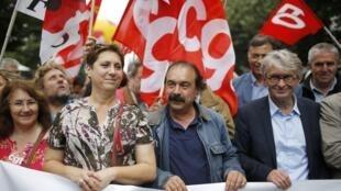 圖為法國激進工會領袖發動6月28日全國示威