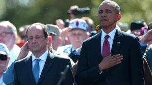 Os grampos da NSA não alteraram as relações entre François Hollande e Barack Obama, fotografados juntos, no ano passado, nas comemorações dos 70 anos do desembarque aliado na Normandia.