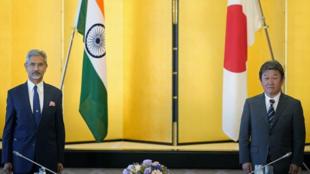 印度外长苏杰生与日本外相茂木敏充资料图片