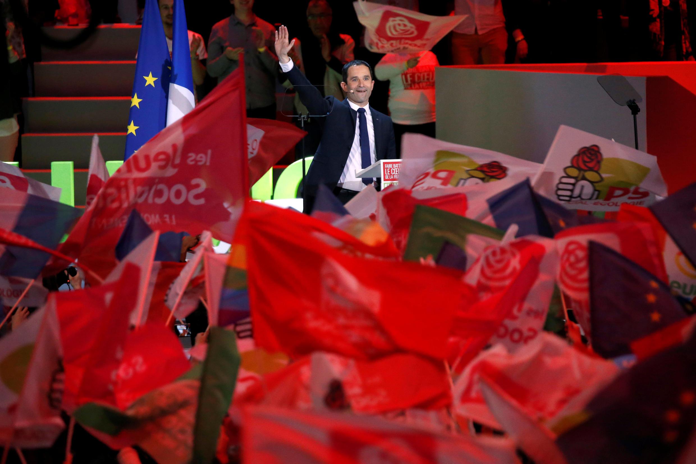 Предвыборный митинг кандидата-социалиста Бенуа Амона в Париже, 19 марта 2017 года