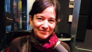 Valérie Manteau en studio à RFI (novembre 2018).