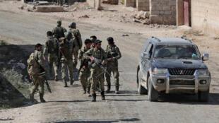 土军进入叙利亚北部一个战略重镇附近。