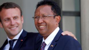 Emmanuel Macron a reçu Hery Rajaonarimampianina, le président malgache, le 28 juin 2017.