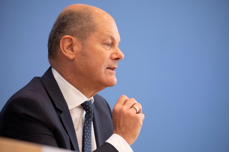 Olaf Scholz, le ministre des Finances allemand a fait passer la quasi-fin de l'impôt de solidarité.