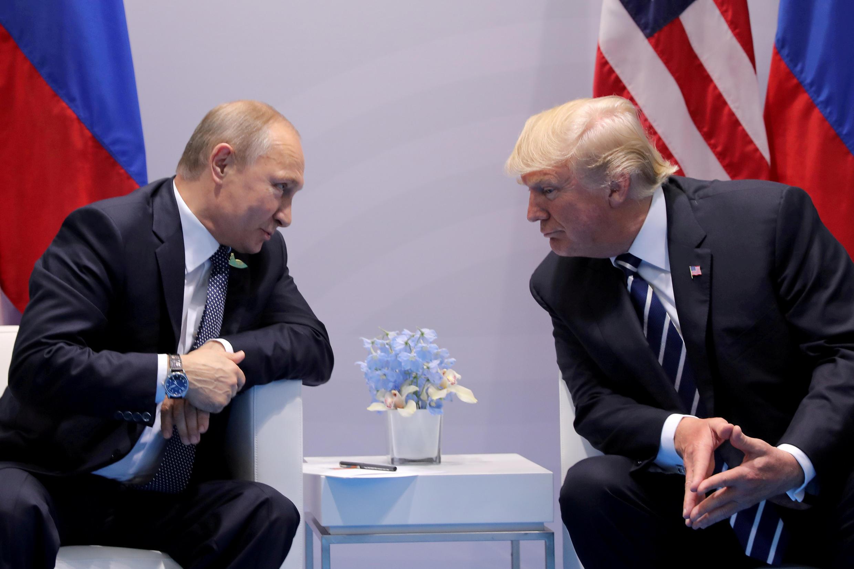 По словам Дональда Трампа, он несчитает Владимира Путина своим врагом иотносится кнему как ксопернику