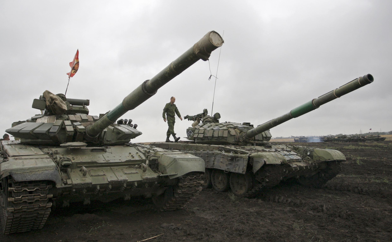 Tanques no leste da Ucrânia