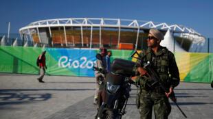 Para colaborar com a segurança durante os jogos, a Argentina enviará policiais ao Brasil.