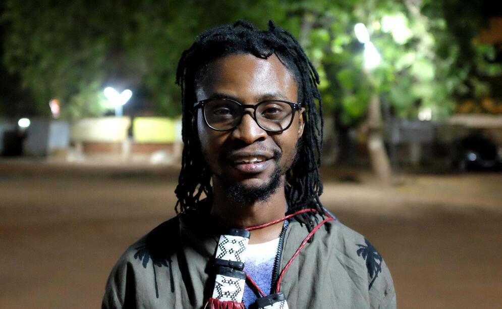 Oluseyi Asurf Amuwa, réalisateur nigérian de « Hakkunde » (« In Between »), présenté au Fespaco.
