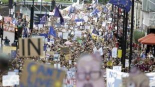 Londres manifestait pour le Remain, ce samedi 2 juillet 2016, mais à part l'Ecosse, la capitale n'est pas représentative du reste du Royaume-Uni qui a voté massivement pour le Brexit.