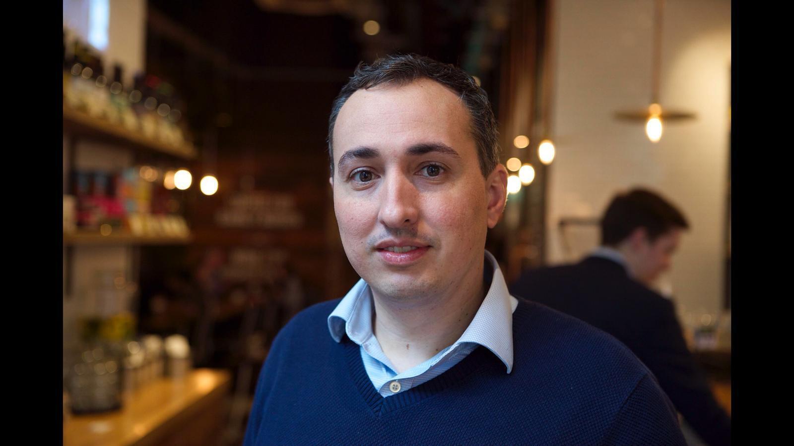 O barista empreendedor, Fábio Ferreira co-fundador do Notes Coffee Roasters & Bars