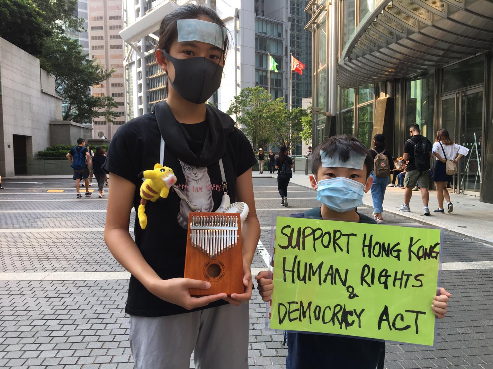 De jeunes manifestants pro-démocratie à Hong Kong le 8 septembre 2019.