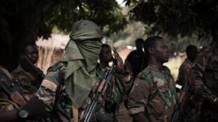 Wanajeshi wa Jamhuri ya Afrika ya Kati katika eneo lililo kati ya miji ya Boali na Bangui Januari 10, 2021.