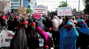 Démonstration de force à Bamako au Mali, des partisans de l'imam Mahmoud Dicko pour demander le départ du président IBK. Bamako, le 19 juin 2020.